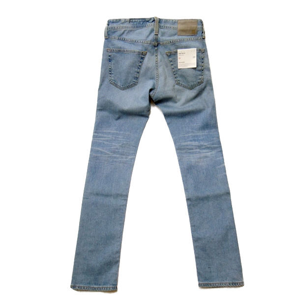 AG JEANS テリス 後ろ